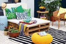 Outdooring / Viens t'inspirer avec nous pour la déco et l'aménagement de ton espace extérieur ! Idées, mobilier de jardin, terrasse à faire rêver, coin jardin, petit balcon à l'abri des regards, écrans d'intimitié... que tu rêves d'un dehors au style contemporain, industriel, éclectique ou bien boho, épuré ou coloré, tous styles confondus, notre radar créatif est toujours à l'affût ;) Rejoins gratuitement la #TribuCréative pour encore + d'inspiration ! => tandemcodesign.com/infolettre