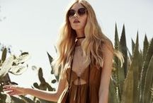 S T Y L E / Women's Fashion & Style