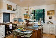 Kitchens/Dining Rooms / by Cynthia Belen
