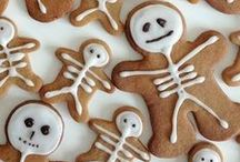 Halloween Treats & Tricks! / Scary good food & other wicked decor ideas for the spookiest time of the year.