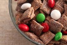 Holidays / Fun things to do and yummy snacks for Halloween, Christmas and other holidays.