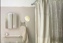 Bathroom / by Yumi Watanabe