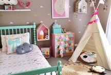 Decor - Girl's Bedroom / all things girly decor, wall art, organization, bed ideas, color schemes