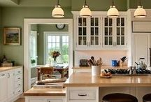 Decor - Kitchen / dream kitchens, cupboard tips, color schemes, storage,  window coverings, table ideas, coffee bar