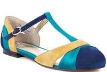 Pretty Shoes / by Jerri Bickerton