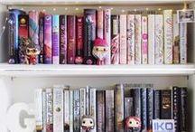 Bookshelves / Shelves for books + shelfies we love.
