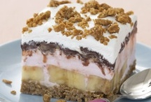 Cakes / Pies / by Ninette