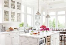 Interiors | Kitchens & Dining Rooms / Inspiring kitchen and dining room designs. / by Rebecca Bookwalter