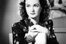 Joan Bennett / Joan Geraldine Bennett was an American stage, film and television actress. Besides acting on the stage, Bennett appeared in more than 70 motion pictures from the era of silent movies well into the sound era.  Born- February 27, 1910 Fort Lee, NJ Died - December 7, 1990 (age 80) Scarsdale, NY Cause of Death - heart attack