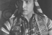 """Rudolph Valentino - 1 / Rodolfo Alfonso Raffaello Pierre Filibert Guglielmi di Valentina d'Antonguella, professionally known as Rudolph Valentino, was an Italian actor and sex symbol of the 1920s, who was known as the """"Latin lover"""" or simply as """"Valentino"""".  He was diagnosed with appendicitis which required an immediate operation. This led to peritonitis causing his early death at age 31. Born -  May 6, 1895 Castellaneta, Apulia, Italy Died - August 23, 1926 (age 31) New York, NY Cause of Death - Peritonitis"""