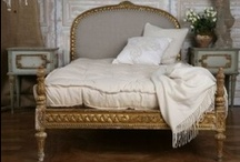 Bedrooms / by Cynthia Aldrich