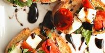 Bruschetta, Canapes, Crostini / Bread (toasted, plain or fried) or pastry with or without oil and a savory or sweet topping