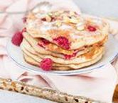 Pancakes for Breakfast / Who doesn't love pancakes? Find here all your pancake inspiration!