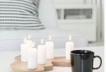 Kotona tuikkii kynttilät