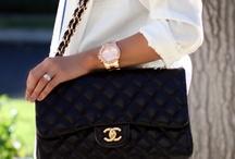 Beautiful Bags / by Alise Sloan