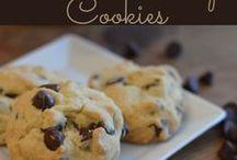 Desserts/Baking / by Mackenzie {Cheerios and Lattes}