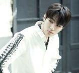 Jaeyong 재용 [Halo] / Kim Jae Yong 김재용    Halo    1994    185cm    Vocal >>> BIAS