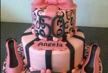 Awesome cakes / by Karen Harpole