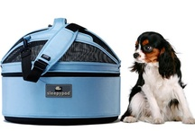 SleepyPod Mobile Pet Bed / Sleepypod allows pets to travel safely in the pampered comfort of their own bed made of luxurious ultra-plush and foam alleviating the stress associated with travel and confinement in hard, plastic boxes with limited visibility.  The award winning Sleepypod is more than a bed, it's a lifestyle. It's your pet's personal space, designed to fit his or her individual needs.