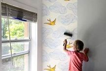 Wallpaper DIY / Whether you're working with traditional wallpaper or removable wallpaper; re-decorating a whole room, installing an accent wall or freshening up your furniture...wallpapering is surprisingly easy to learn and a fun DIY project! Here, a little inspiration to get you started.