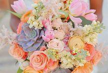 Buchet de mireasă / #buchetdemireasa #flori #floripentrununta #aranjamenteflorare #floripentrudecor