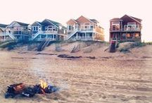 House.On.The.Beach/Lake/Water...Coastal...Sea...Sand...SeaShells...Sun...Surf... Beach Huts... / by Pat Zardi