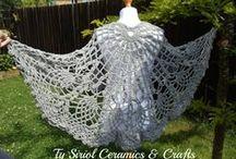 Ty Siriol shawls and ponchos