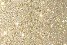 aesthetics: gold glitter ✧:・゚* / A E S T H E T I C ; all that glitters is gold *:・゚✧