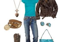 Fashion | My Style / I love comfortable, relaxed fashion. Jeans, tees, boots great jackets, signature pieces of jewelry. Classic, not trendy. / by Cindy | Edith & Evelyn Vintage