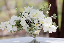 Floral Wedding Centerpieces / by NewsFavor.com