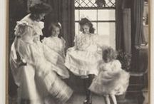History: Turn of 19th to 20th century American / Photos of Americans c. 1890-1910, including thoughts about class, fashion, income, culture and professions / by Cheryl Noll