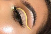 ♥cute but wierd makeup♥