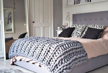 Bedrooms / houses