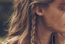 Coiffure et cheveux / Inspirations pour des coiffures simples, bohèmes...