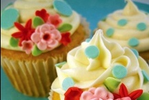 CuPcAkEs! / cupcakes & cakepops / by Lissa Pins