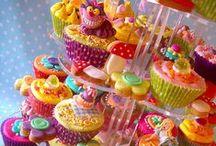 Cupcakes ,Cakes & Sweet Treats