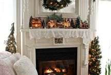 Christmas Bedroom Inspiration / Christmassy bedroom inspiration to give you ideas on how to do yours.