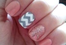 nails / by Megan Krzynowek