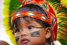 .❥ Brazilian Indigenous - Indios do Brasil / Beleza da plumária e arte indígena.