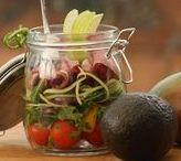 Essen to Go Rezepte / Ob zu Fuß oder auf Rädern, im Büro oder im Studium. Irgendwann wird es Zeit eine Pause