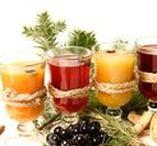 Punsch & Heißgetränke / Hier sind die leckersten Punsch und Heißgetränke für Herbst und Winter zusammengestellt. In der kühleren Jahreszeit sehnt man sich auch nach innerer Wärme und Behaglichkeit. Das Besondere, Punsch und Heißgetränke glänzen durch ihre vielfältigen Gewürze. Sie spenden einerseits tiefe Wärme und andererseits aromatisieren das Getränk auf vielfältige Weise und regen die Sinne an.