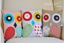 Pillows / by Patricia Reinaldo