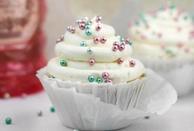Cakes and Cupcakes / by Kristy Schalk