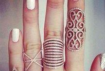 jewelry // / by Kristin Bagshaw