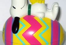 It's the Easter Beagle, Charlie Brown! / Celebrate Easter with the Peanuts Gang! For more Snoopy, Charlie Brown and Peanuts goodness, visit us at CollectPeanuts.com and check out our other boards.