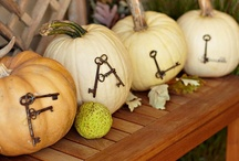 Fall Decorating Ideas / Fun, festive, and creative Fall decorating ideas for your home and garden!