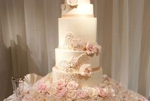 Wedding Cakes / by Mariel Diana