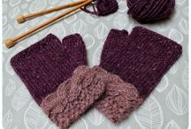 Gloves / Knitted and crochet gloves