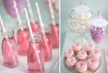 JoJo Baby Shower Ideas / Have the perfect baby shower for your little baby girl or boy! Whether you know the sex or not, there are some great decor ideas, games and more!