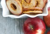 Apple Recipes / Recipes with apples, one of the best fruits on the planet! You can make nearly everything and anything with an apple or a few apples! This board is dedicated to this little red fruit that makes SO many yummy meals and desserts!